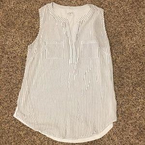 🎉 NEW 🎉 LOFT White and Black Pin Stripe Blouse